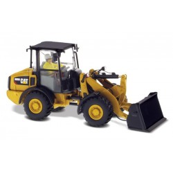 Chargeur compact Caterpillar 906M avec figurine