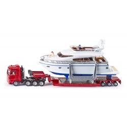 Surbaissé-avec-Yacht