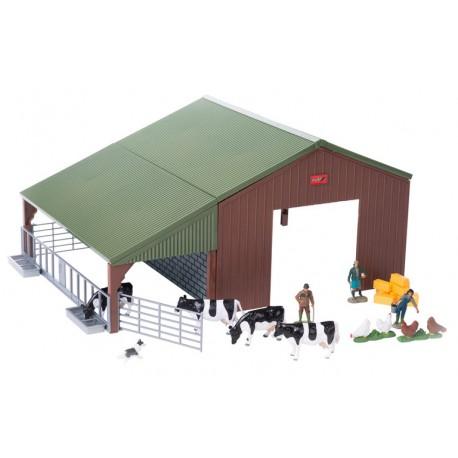 Hangar de ferme avec accessoires