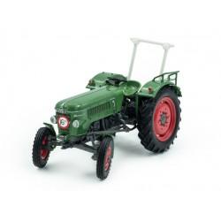 Tracteur Fendt Farmer 2D avec arceau - Universal Hobbies
