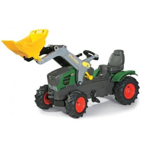 Tracteur-Fendt-211-avec-pneus-souples-et-chargeur