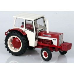 Tracteur-International-Harvester-724