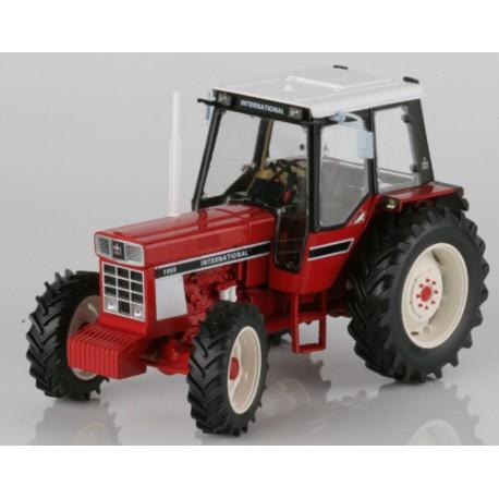 Tracteur-International-1055