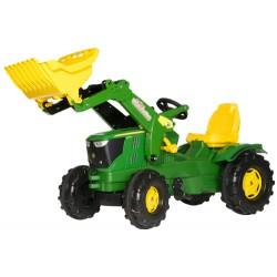 Tracteur-John-Deere-6210-R-avec-pelle-avant