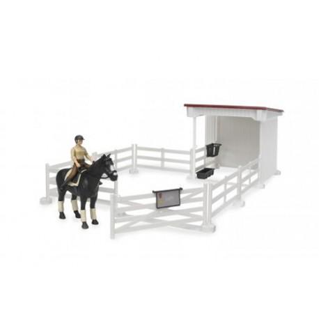 Enclos-avec-box,-cheval-et-figurine