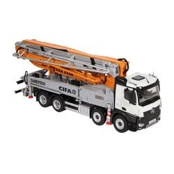Camion MB Arocs 8x4 avec pompe à béton CIFA - NZG