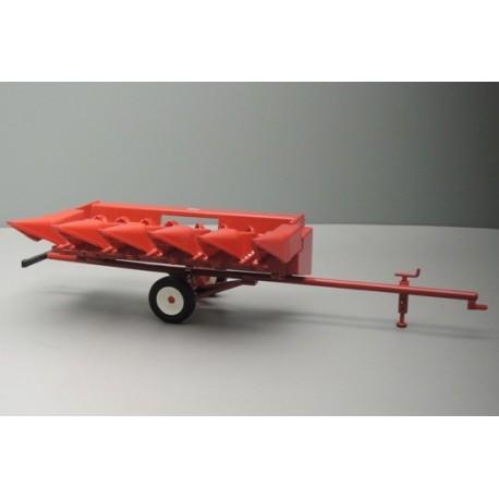 Cueilleur à maïs IH 853F avec chariot