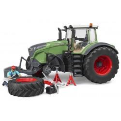Tracteur Fendt 1050 avec mécanicien et accessoires