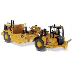 Scraper Caterpillar 627K avec figurine