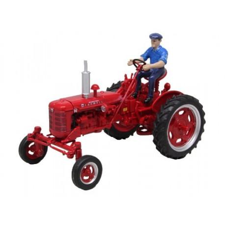 Tracteur Farmall Super FC avec chauffeur
