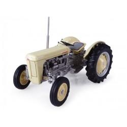 Tracteur Ferguson TO 35 (1957)