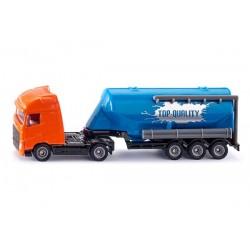 Camion avec remorque silo