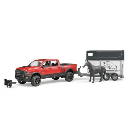 Véhicule RAM 2500 Power Wagon avec van et cheval