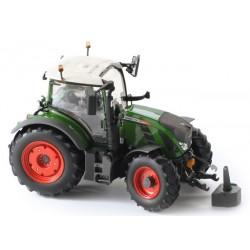 Tracteur Fendt 718 vario