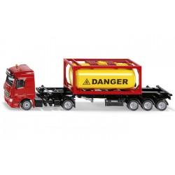 Camion MB avec conteneur-citerne